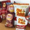 【賞味期限切れに注意】カナダ人が愛するケチャップ味のポテトチップスを味比べ